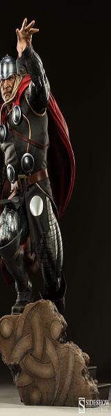 Sideshow Collectibles Thor Premium Format Figure
